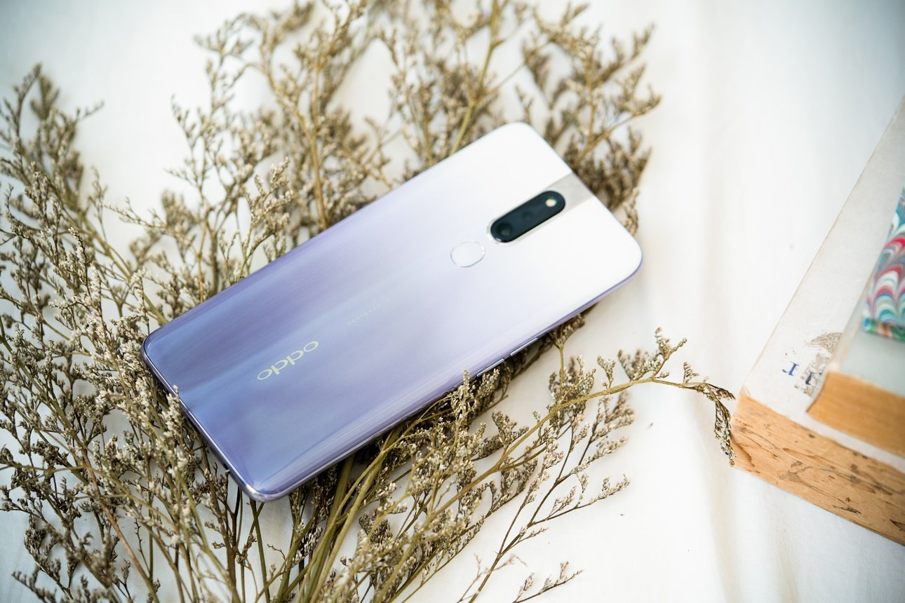 Waterfall Gray is new color for Oppo F11 Pro