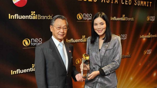 AIS คว้ารางวัล Outstanding Brand ในงาน 2019 Asia's CEO Summit & Award Ceremony
