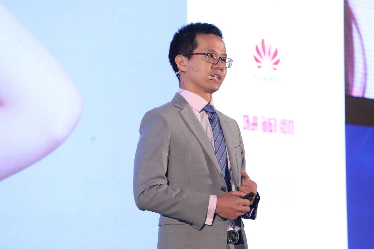 Mr. Abel Deng, Chief Executive Officer of Huawei Thailand.